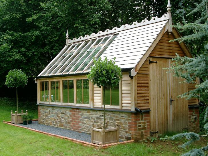 Optional double doors to potting shed.